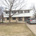 5 bedroom, garage, 6000 lot, quiet Pointe Claire-SOLD